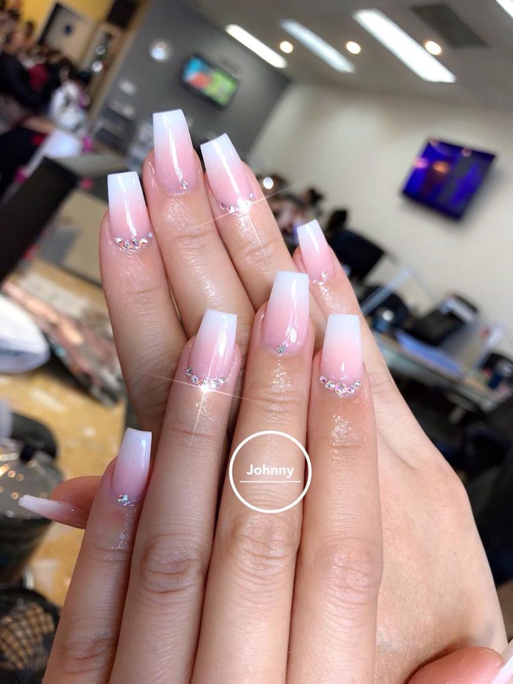 Nana Nails